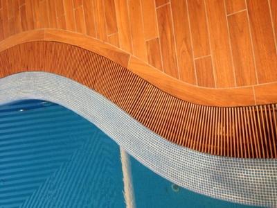 Решетка переливная декоративная для бассейна