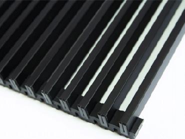 решетка конвектора матовый черный